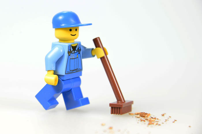 A legoman cleaning